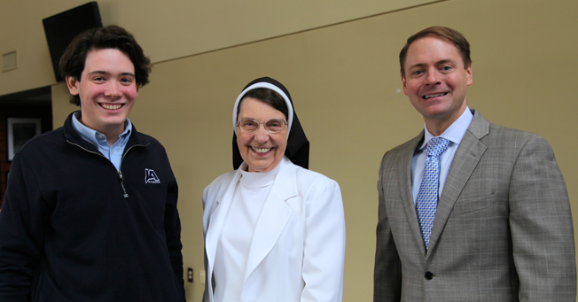 Sister-D-at-Lunch-to-Lead-web